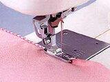 ブラザー純正 ピコット押さえふり幅7mm用 部品コード XC1974−002