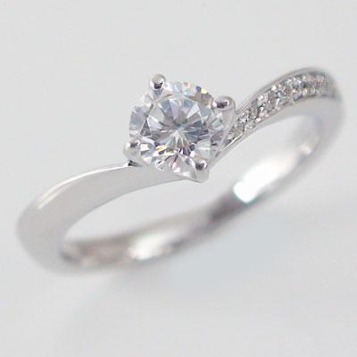 婚約指輪:プラチナ/エンゲージリング:ダイヤモンド0.5ct/F-VVS1-EX:鑑定書付/脇ダイヤ0.06ct:V字:ダイヤリングPt900【送料無料】 婚約指輪(エンゲージリング)0.5ct:Fカラー,VVS1,EX【エクセレント】の鑑定書付:V字:ダイヤリング