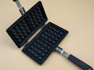 Belgian waffle maker MB