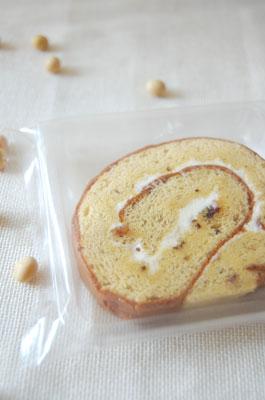 「豆乳バターロール」国産大豆の豆乳使用