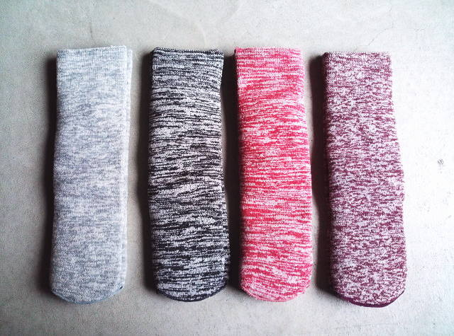 LOCALINA MERIYASU [ロカリナメリヤス] TUBE SOCKS (GRAY,CHACOOL,RED,PURPLE) チューブソックス (グレー、チャコール、レッド、パープル)メンズ、レディース、男女兼用