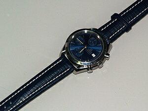 時計ベルトをモレラートのティポブライトリングクオイオに交換したオメガ スピードマスターデイト(ブルー)
