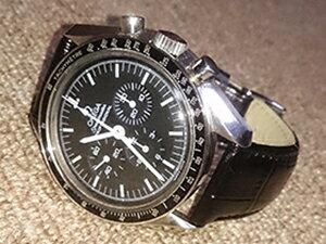 時計ベルトをモレラートのルイジアナに交換したオメガ スピードマスター プロフェッショナル