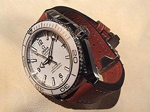 時計ベルトをディモデルのジャンボに交換したオメガ シーマスター