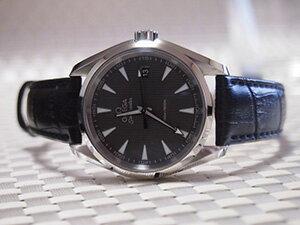 時計ベルトをモレラートのボーレに交換したOMEGA シーマスター アクアテラ クォーツ