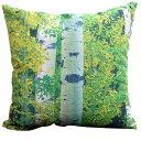 美しい緑の木々がお部屋に癒し空間を!フォトプリントクッションカバー FOREST 森の中(ベージ...