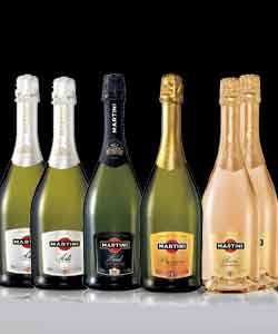 マルティーニ飲み比べ6本セットイタリアスパークをご堪能ください。スプマンテ・ブリュット750mlが各2本、ロゼ・プロセッコ750mlが各1本づつの4種類6本セットです。