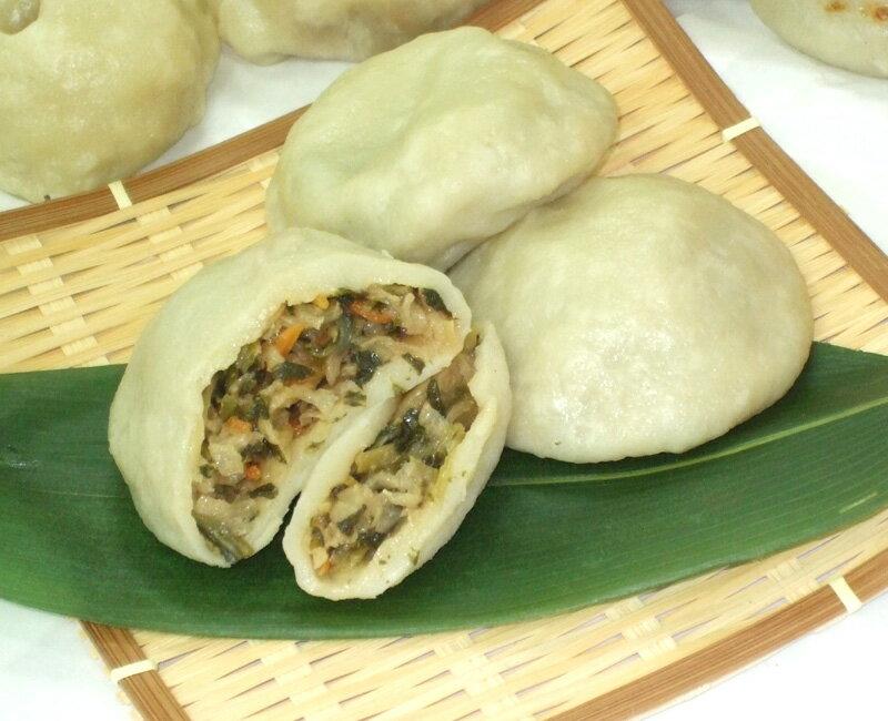 切干大根、野沢菜、人参、椎茸を地元産の味噌を使って煮込んだおやきです。やさいミックスおやき/6個入り