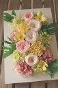 スフレ*壁掛けタイプの額なので、壁に飾ってもフォトフレームのように置いても、素敵なフラワーインテリアになります/花電報/お祝い/花/開店祝い/開業祝い/誕生日/内祝い/プレゼント/楽屋見舞い