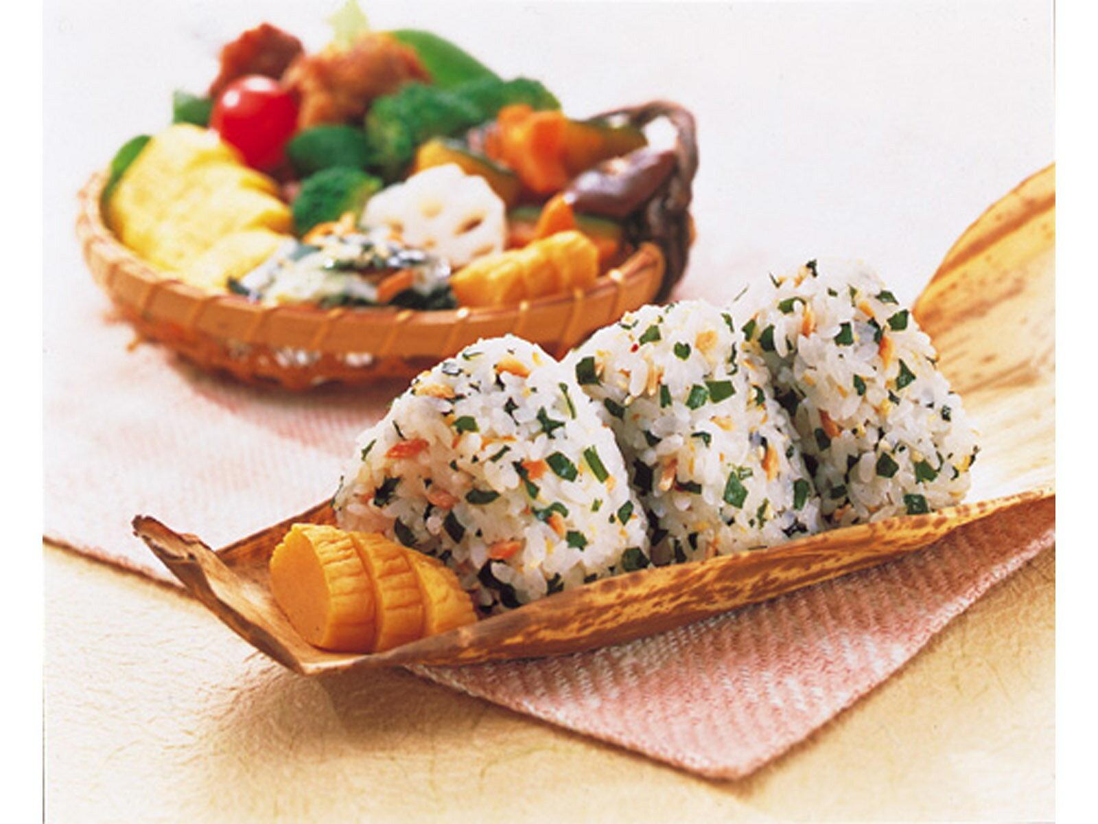 炊き込みわかめ 紅鮭(無着色) 20gの紹介画像2