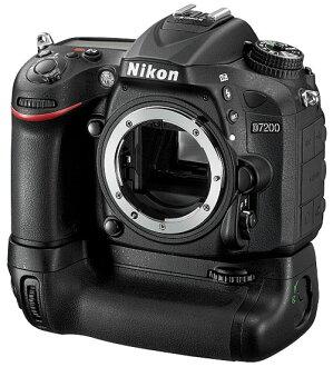 [相機包 + 8 GB SDHC 與]尼康 D7200 電池包工具組 3/2015年 19 發佈的尼康數碼單反身體 + MB D15 電池手柄垂直位置的抓地力工具組 [fs04gm] [03P01Mar15]