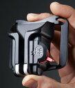SPIDER ブラック・ウィドウ・ホルスター(SPIDER BLACK WIDOW HOLSTER)自分のベルトにカメラを装着できる手のひらサイズの小型ホルス..