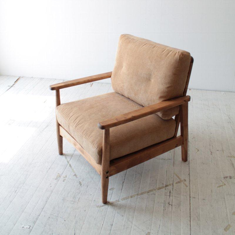 北欧家具 ソファ 無垢材 和にも洋にもマッチするデザインの1Pソファ。NRT-S-631P