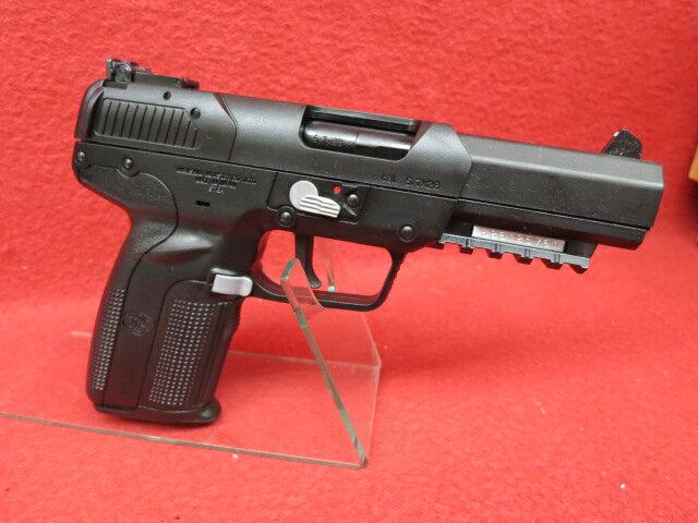 マルシン・FN Five-seveN 6mmBB CO2ブローバック...:mokei-paddock:10005606