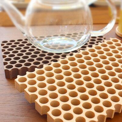 ■木製鍋敷き「Dot.」