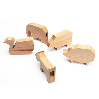 ■ name put the presents! tree animal shape USB flash drive animal USB 8 GB design gadgets / Scandinavian design