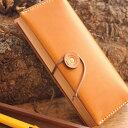 HacoaとHERZのコラボレーション商品、木と革の職人が作る、本の形をしたペンケース・筆箱