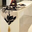 テーブルランナー 大きな花柄 シック モダン キラキラ (ベージュ)