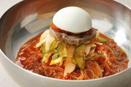 辛すぎないピビン麺が美味しい!!ぴょんぴょん舎の盛岡冷麺と新登場ピビン冷麺セット