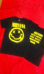 激安!! ロックTシャツ <strong>ニルヴァーナ</strong> スマイル S M L /バンT/バンドT/黒/ピ−スマ−ク/NIRVANA/ニルバーナ