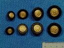 メタルボタン黒×金