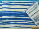 綿プリントドビー生地(やや厚)オフ白×ブルー