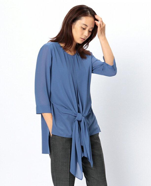【ナラカミーチェ公式通販】レイヤードデザインが斬新な、七分袖のブラウスです