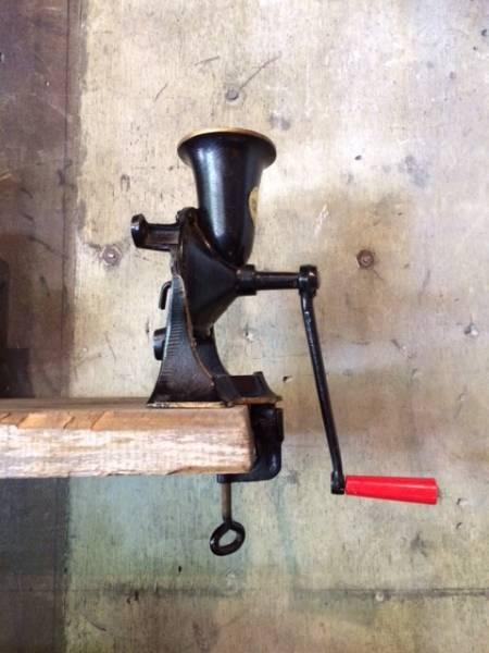 インポート◆アメリカ◆USA◆vintage Coffee mill ヴィンテージコーヒーミル (SPONG & Co.Ltd/NO.3)の写真
