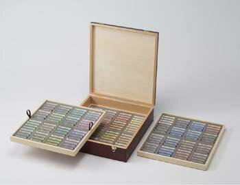 デーラーラウニー ソフトパステル192色木箱セット 全色セット(ホワイト、ブラック各4本)