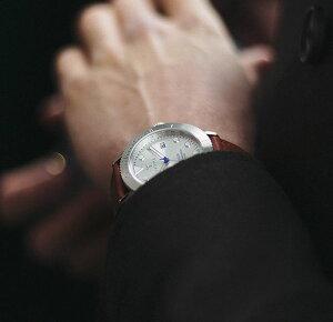 【20140905】トリワTRIWAメンズ・レディース兼用腕時計HVALENHVST102-SC010212カレンダーシルバーレザーベルト【あす楽対応】【正規品】【送料無料】【楽ギフ_包装】