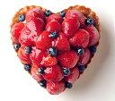 ハート型のいちごとブルーベリーのタルト バースデーケーキ、記念日ケーキ用に! 記念