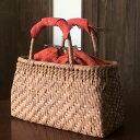 ショッピングかごバック 軽くて丈夫なやまぶどう手編み籠バックと巾着セット【山葡萄かごバック(W30×D13×H18) tsunagu-062】手紡ぎ、草木染の手織り布を使用した巾着セット(やまぶどう、山ぶどう) 特典:ハンドルカバー付き/カゴバッグ/送料無料