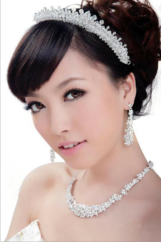 【即納】 結婚式、花嫁アイテム、ブライダルアクセサリーのネックレス&ピアスorイヤリング&ティアラの3点ジュエリーセット   10P03Dec16