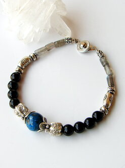 Karen silver bracelet/chrysocolla and Labradorite