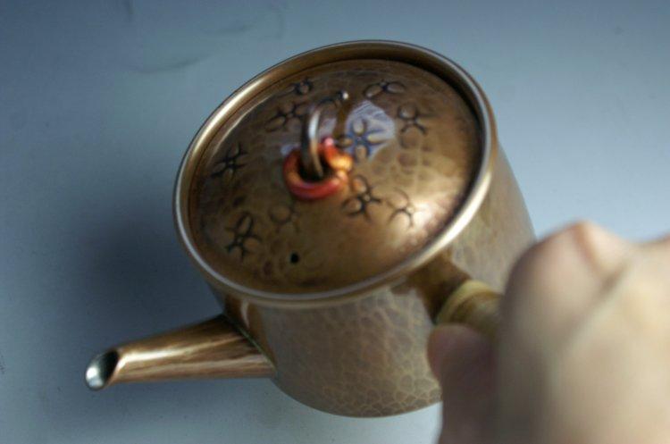 手づくり銅器 急須 生地色ひねり 茶器【工芸ギフト】の紹介画像3