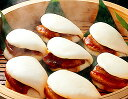 フカフカ生地の『角煮まん(6個入)』柔らかく煮込んだ豚の角煮を1枚挟みました!