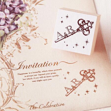 イニシャルスタンプ(アンティークキー)(結婚式...の紹介画像2