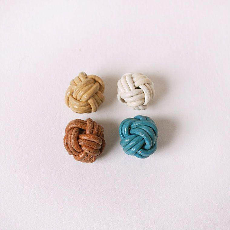 手作り本革編み込みビーズ10mm(ホワイト・トルコブルー・ベージュ・ブラウン)/made in India(インド製) 手作り handmade【ゆうパケット対応】