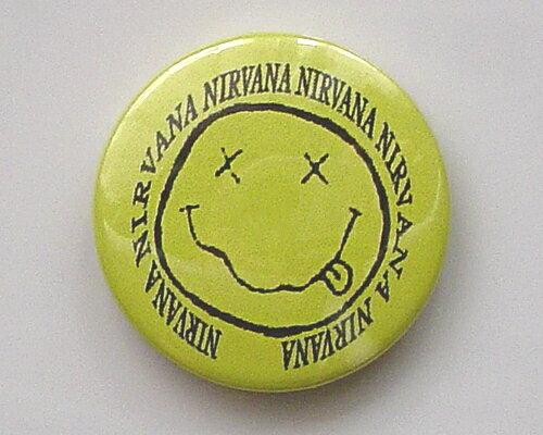 ◆NIRVANA◆ニルバーナ☆ロゴ 缶バッジ◆London ストリート マーケットから直輸入♪