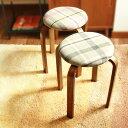 トムテ スタッキングスツール(北欧/トムテスツール/トムテスタッキングスツール/トムテ/チェア/ トムテ/イス/チェア/リビングチェア/スタッキングチェア/丸型チェア/ 木製/天然木/シンプル/stool/椅子)の写真