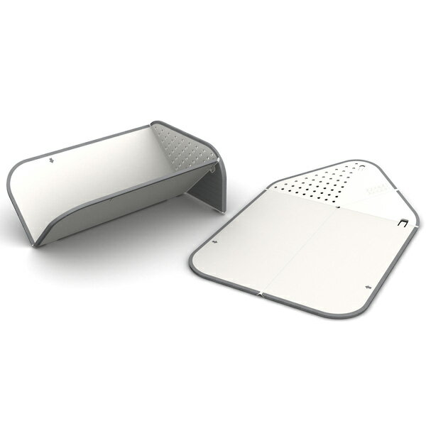 Cutting board, chop and conditioner (white) that discharging is OK