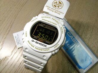 G-shock DW-5725B-7JF (25th anniversary rising white)