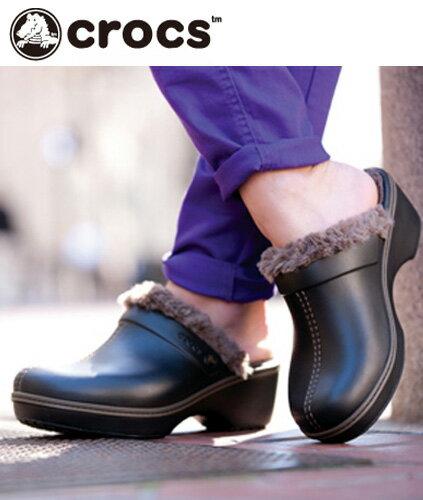 クロックス(Crocs)クロックスコブラーイーブイエーラインドクロッグウィメンズ【メール便NG】