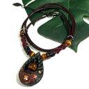 アイヌ紋様 エリマキ 彫刻 タイガーアイ しずく型 ネックレス 赤|ウッドカービング|カムイ|神威|北海道|手彫り|ペンダントトップ|和柄【メール便対応可】
