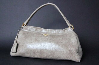 Prada cracked leather セミショルダー bag grey series beauty products