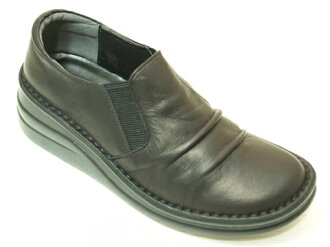 Put's thick bottom casual shoes black 8303