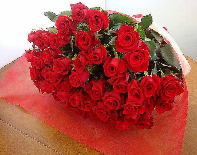還暦お祝 60本のバラ 花束ギフト 送料無料 60歳お誕生日 還暦60本の薔薇の花束 配達日指定可能