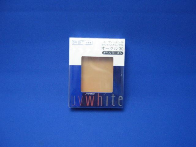 Shiseido UV white white skin Pact (refill) [with more than 20,000 yen (excluding tax)]