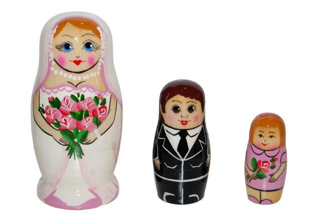 【楽ギフ_包装】結婚マトリョーシカ「幸せ☆花嫁さんのマトリョーシカ 3個組」【マトリョーシカ】