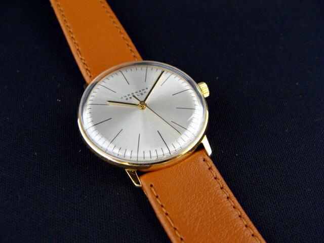 新品 未使用 正規品ドイツ製ユンハンス バウハウス最後の巨匠「MAX・BILL」 マックスビルデザイン 機械式手巻き シルバー文字盤 送料無料 ☆職人さんも安心の正規品、点検・整備で最高の時計をお送りします☆